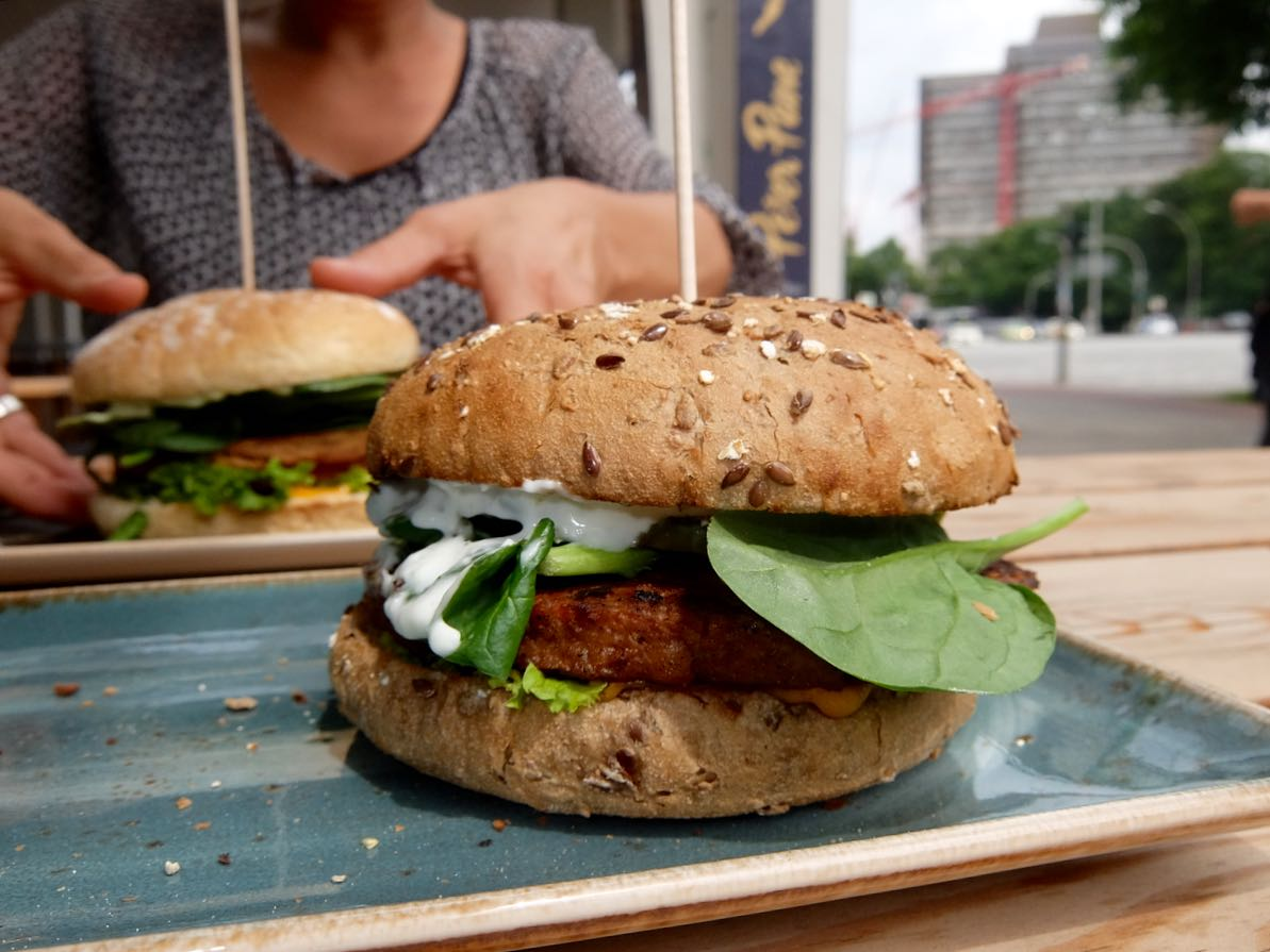 Peter Pane vegan burger