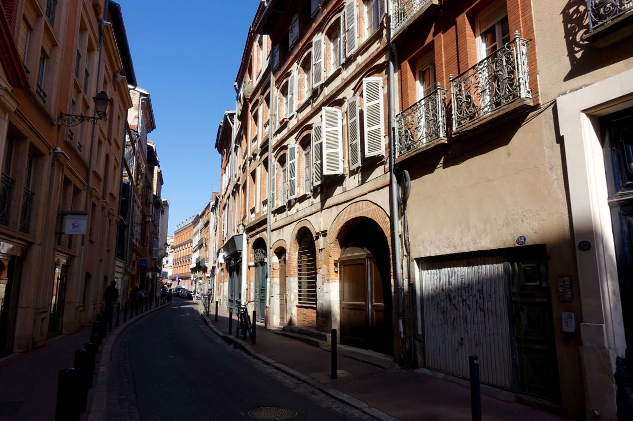 Visiting Toulouse, street