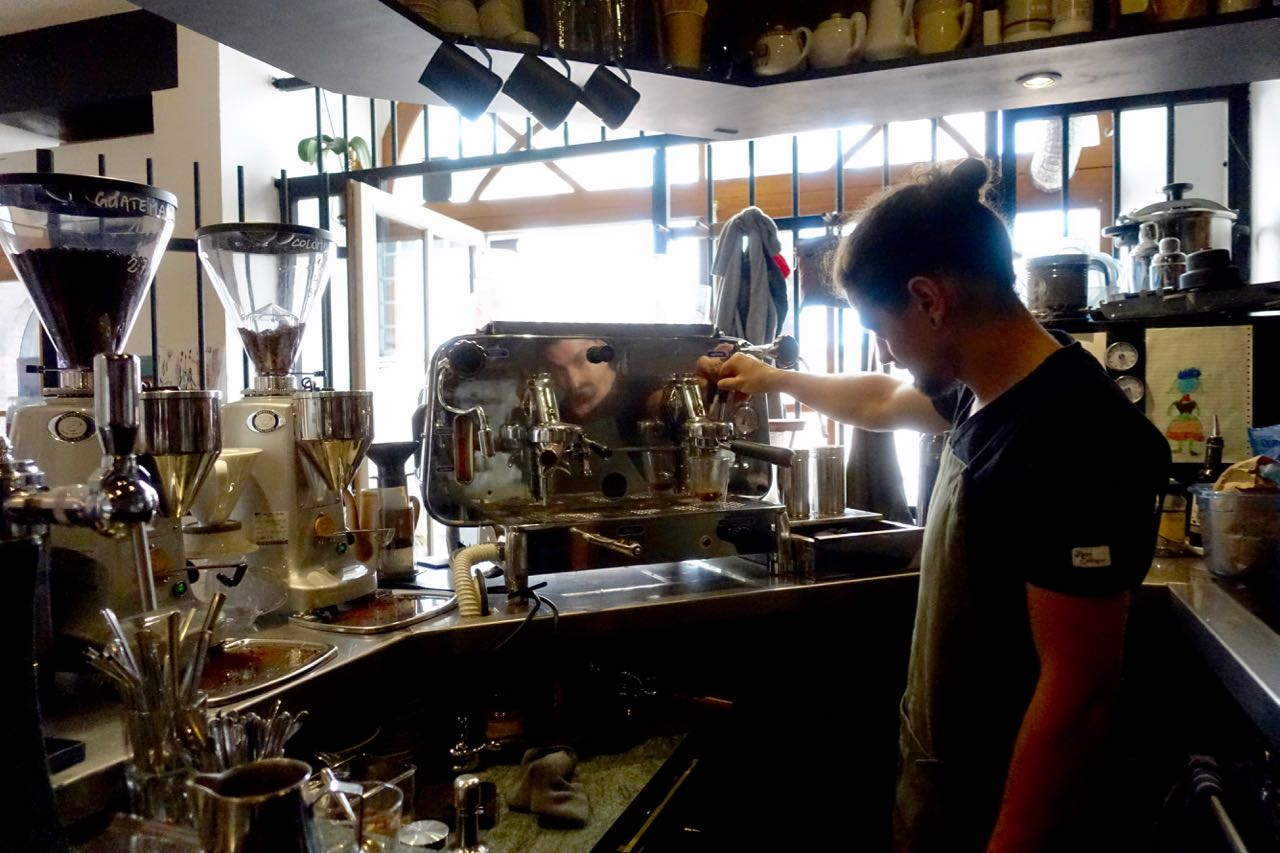 Bruno making coffee, L'Anartiste, Toulouse