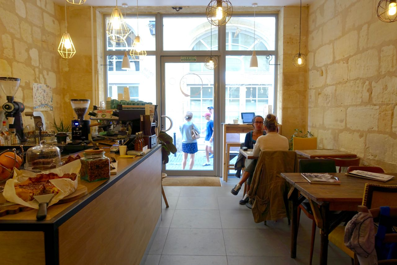 KURO espresso bar, Bordeaux Specialty Coffee Guide